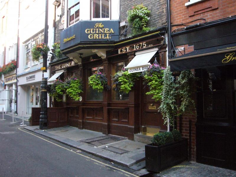 guinea_storefront2