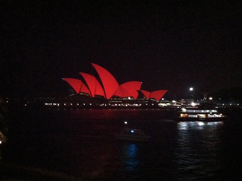 sydney-operahouse-night