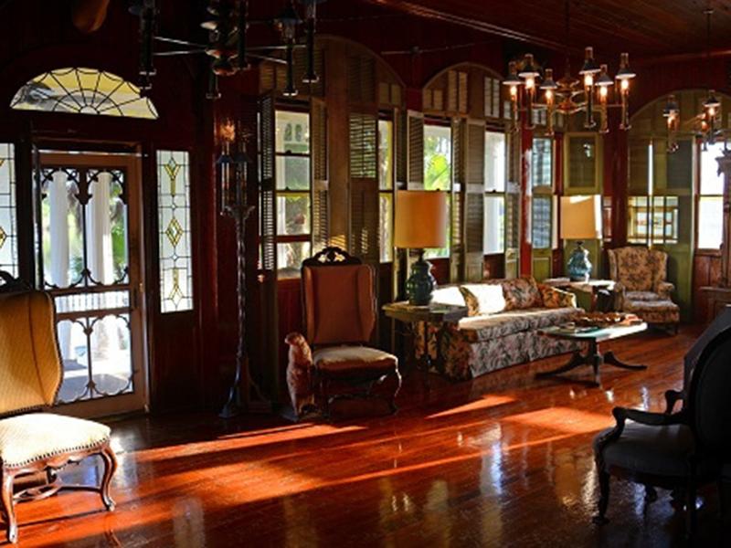 rod-gun-club-photo-interior