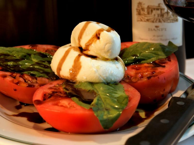 Burrata & Tomato Salad 2008-06-13.jpg