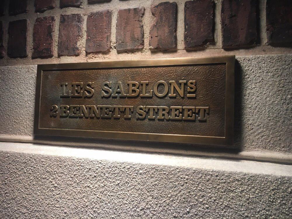 sablons-closed-24