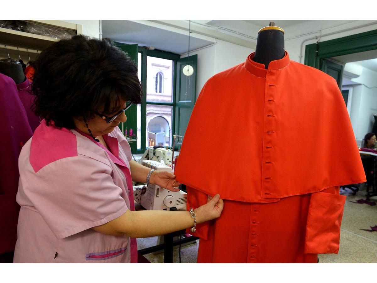 ITALY-POPE-CLOTHING-TAILOR-GAMMARELLI