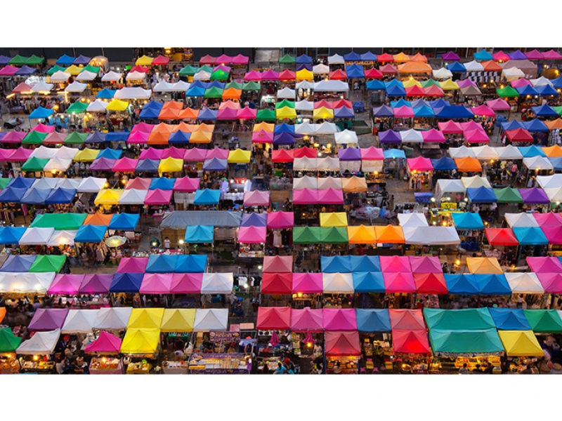 Chatuchak-Market-Bangkok-Photo-by-Ian-Santosa-Shutterstock.com_.